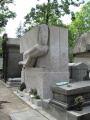 Tomb of Oscar Wilde.JPG